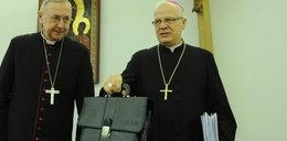Abp Michalik bronił księdza pedofila