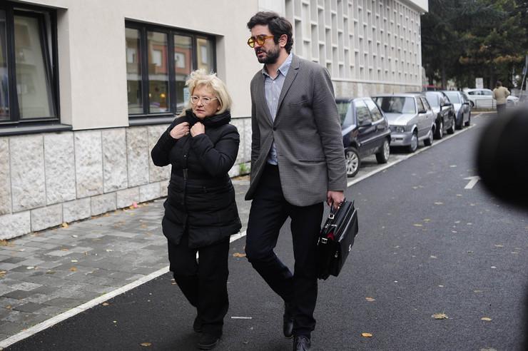 Verica Vukomanović, kuma Marjanovića, sa advokatom Noelom Đurišićem