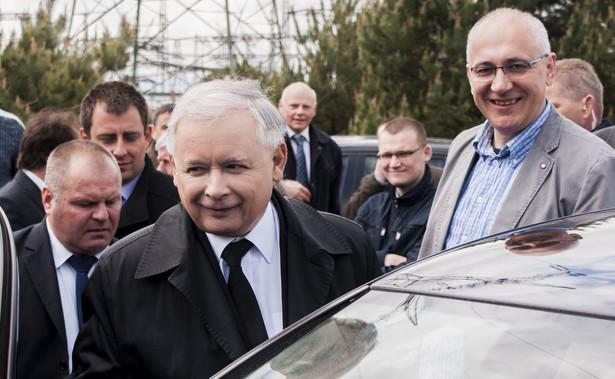 """""""Okres urlopowy mamy już za sobą, pan prezes Jarosław Kaczyński będzie w tej kampanii aktywną osoba"""" - dodał."""