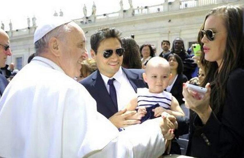 Natalie Weber z papieżem