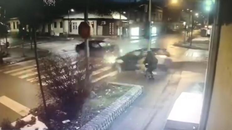 Valjevo auto umalo ubio majku i dete