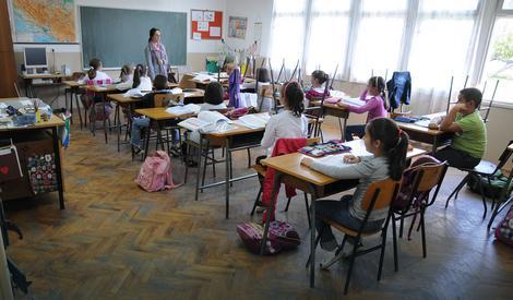 Čak 640.000 ljudi ostalo sa osnovnim obrazovanjem