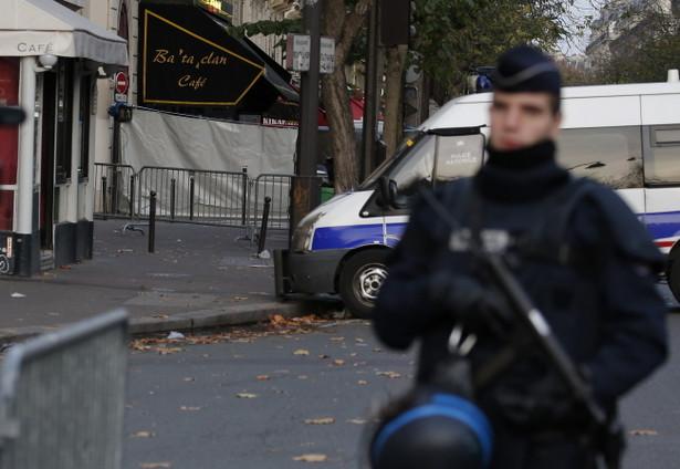 Atak terrorystyczny w Paryżu / EPA/JULIEN WARNAND Dostawca: PAP/EPA