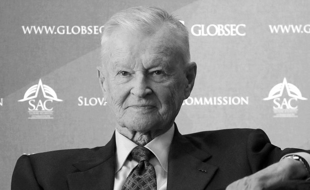 Prof. Zbigniew Brzeziński, b. szef Rady Bezpieczeństwa Narodowego w ekipie prezydenta USA Jimmy'ego Cartera (1977-1981), jeden z najbardziej wpływowych polityków i strategów amerykańskiej polityki zagranicznej, zmarł w wieku 89 lat.