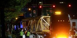 Tragedia w centrum Seattle. Żuraw budowlany runął na samochody