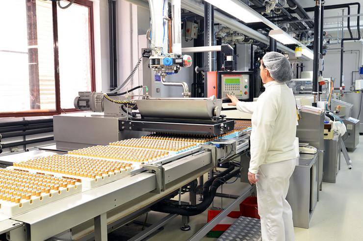 radnici prehrembrena industrija shutterstock 1033058215 posao