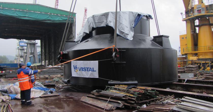 Vistal działa na rynku 25 lat i zajmuje się wytwarzaniem oraz montażem stalowych konstrukcji spawanych wszelkiego typu, w tym dla sektora infrastrukturalnego, offshore, budownictwa kubaturowego oraz energetycznego.