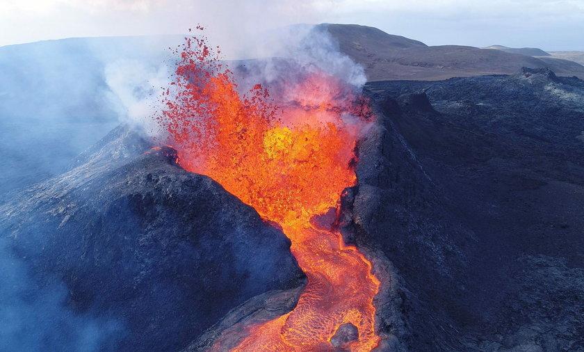 Wulkan Fagradalsfjall pochłonął drona.