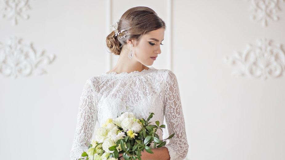 Przegląd sukien ślubnych do tysiąca złotych