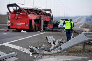Po wypadku autobusu na A4 – w przemyskim szpitalu nadal sześć osób