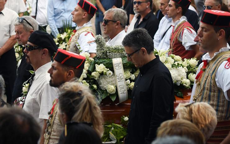Oliver sahrana foto TANJUG HINA Mario STRMOTIC (3)