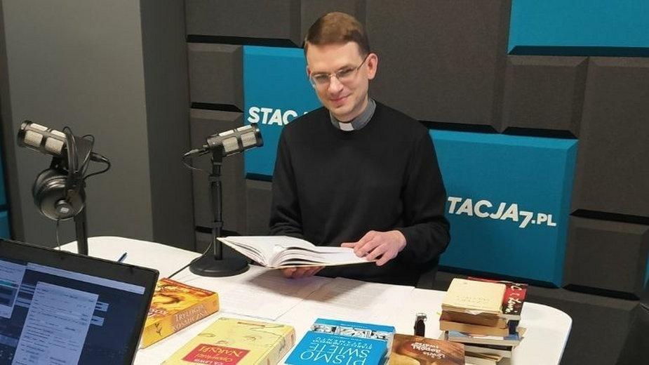 Między Śródziemiem aEwangelią. Ks.Stanisław Adamiak