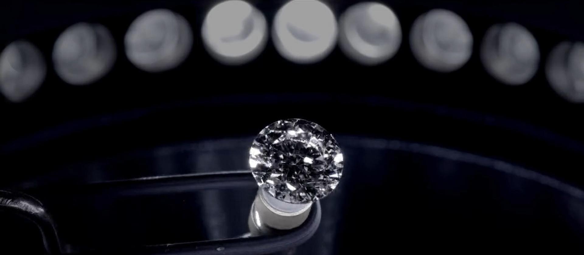 Diamenty z laboratorium są już dostępne w Polsce. To naukowe dzieło sztuki