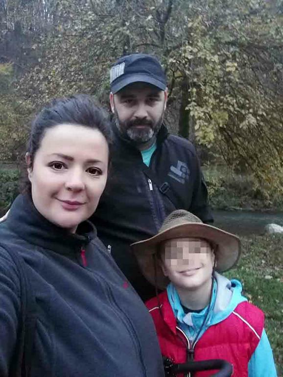 Desanka Mirjanić sa suprugom i sinom