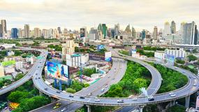 Policja w Bangkoku sięgnęła po nietypową metodę. Połowa mandatu dla zgłaszającego wykroczenie