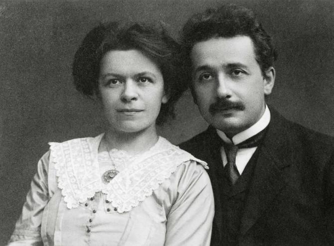 Mileva i Albert Ajnštajn