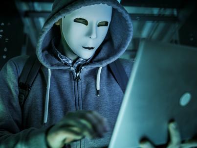 Mniej niż jedna na 10 firm została uznana jako dojrzała w kwestii podejścia do cyberbezpieczeństwa - wynika z raportu PwC