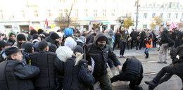 Bójki, zadymy, kontrole w całej Warszawie. FOTO