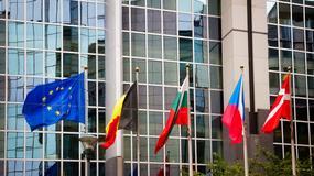 KE wzywa Polskę do wdrożenia dyrektyw dotyczących praw autorskich i internetowych programów rtv