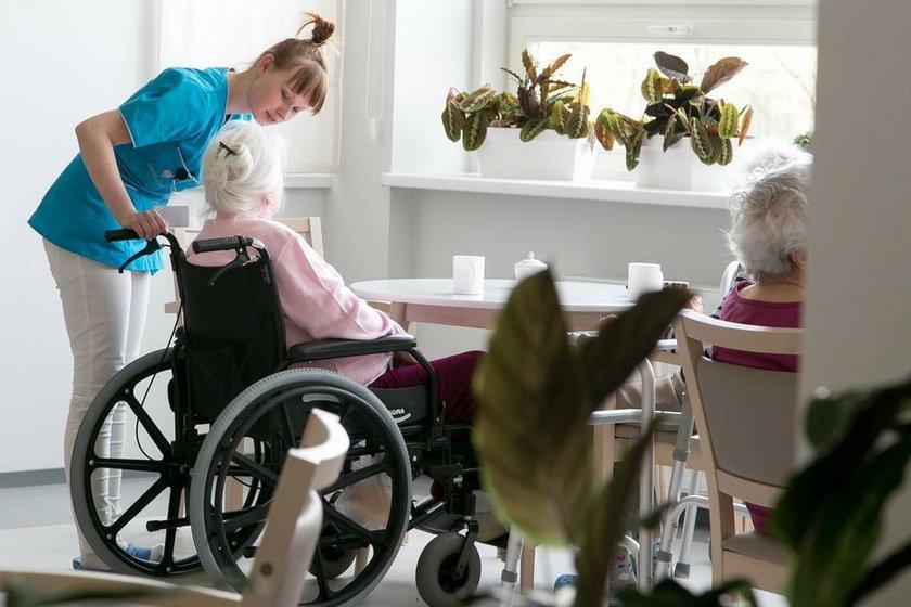 Ile kosztuje opieka w domu seniora?