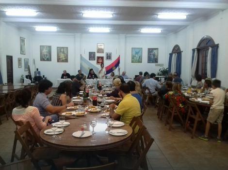 Ambasadorka Srbije u Buenos Ajresu Jela Bačević na svečanom ručku na Badnji dan
