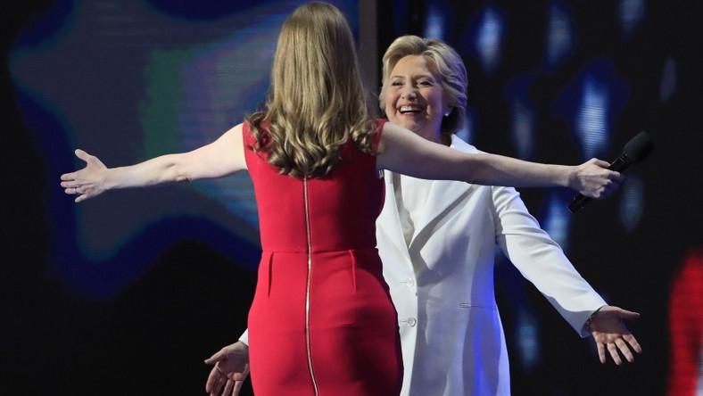 36-letnia Chelsea z całych sił wspierała mamę na Konwencji Demokratów...