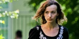 Kamila Łapicka przyjęła księdza