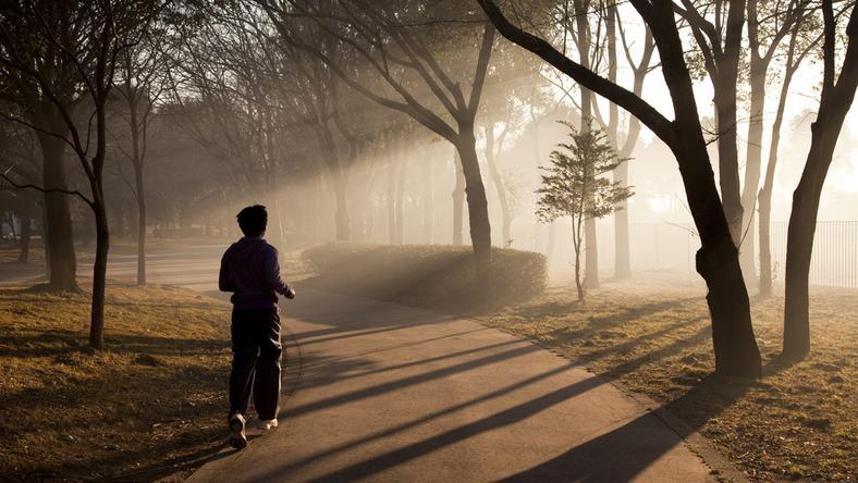 Bieganie przed śniadaniem – za i przeciw