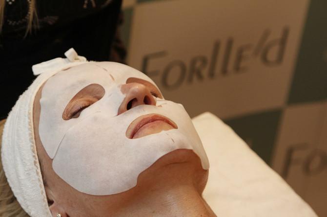 Hranljive maske poboljšavaju elastičnost lica i podmlađuju ten