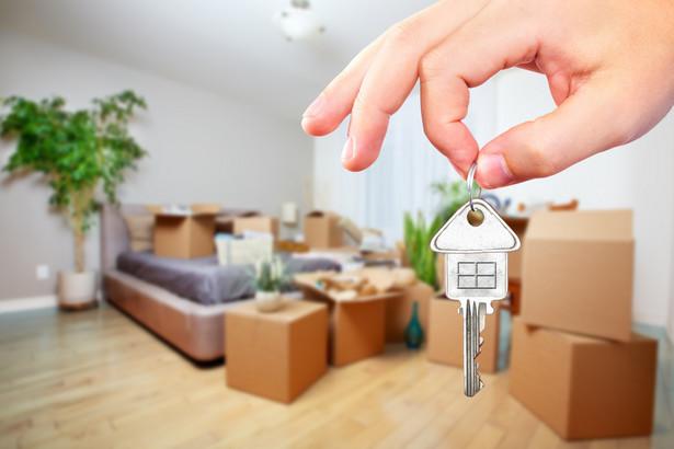 Ekspektatywa nie jest równoznaczna z nabyciem odrębnej własności lokalu mieszkalnego – podkreślił organ