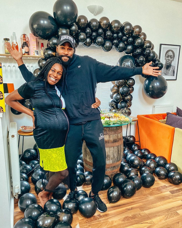 Mike and Perri Edwards are expecting their first child, a son [Instagram/@itspsd]