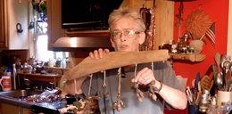 Robi dzieła sztuki z łajna łosi