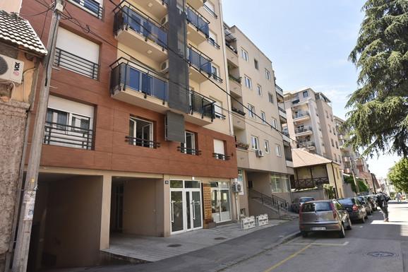 Zgrada u kojoj je bivši fudbaler Miljan Mrdaković izvršio samoubistvo