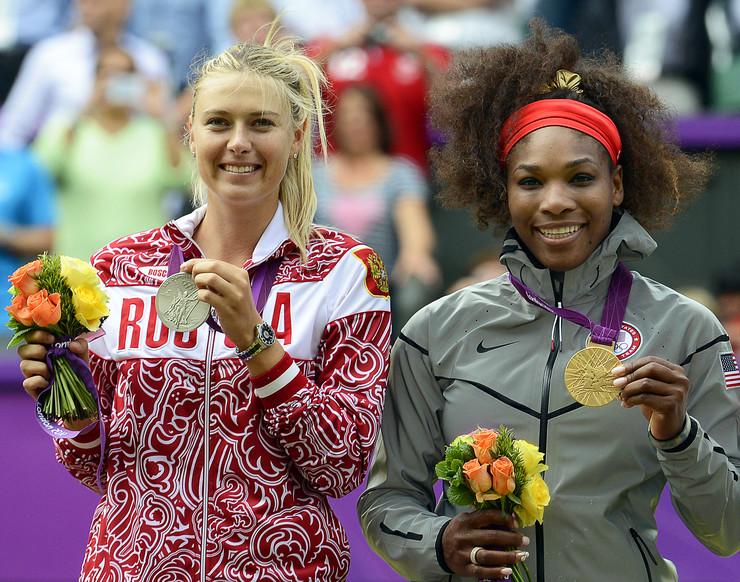 Marija Šarapova i Serena Vilijams na Olimpijskim igrama u Londonu