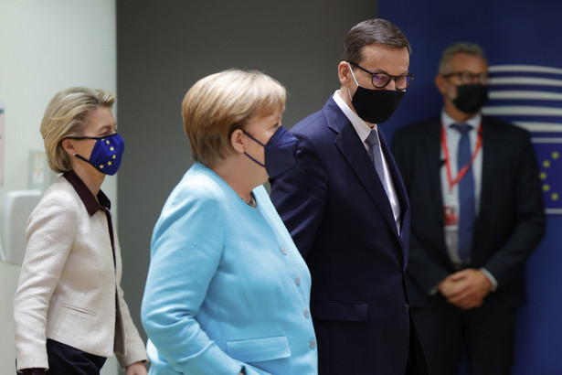 Mateusz Morawiecki i Angela Merkel