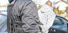 Oblali 64-latka denaturatem i podpalili. Ofiara walczy o życie