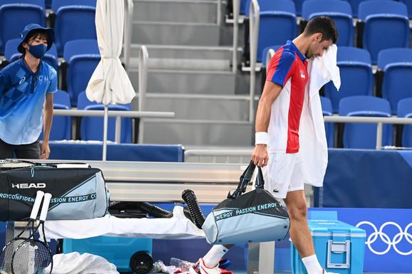 CELA SRBIJA U ŠOKU! Novak Đoković izgubio u polufinalu Olimpijskih igara, a imao set i brejk prednosti!
