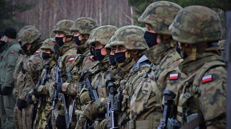 Żołnierze 1. Warszawskiej Brygady Pancernej