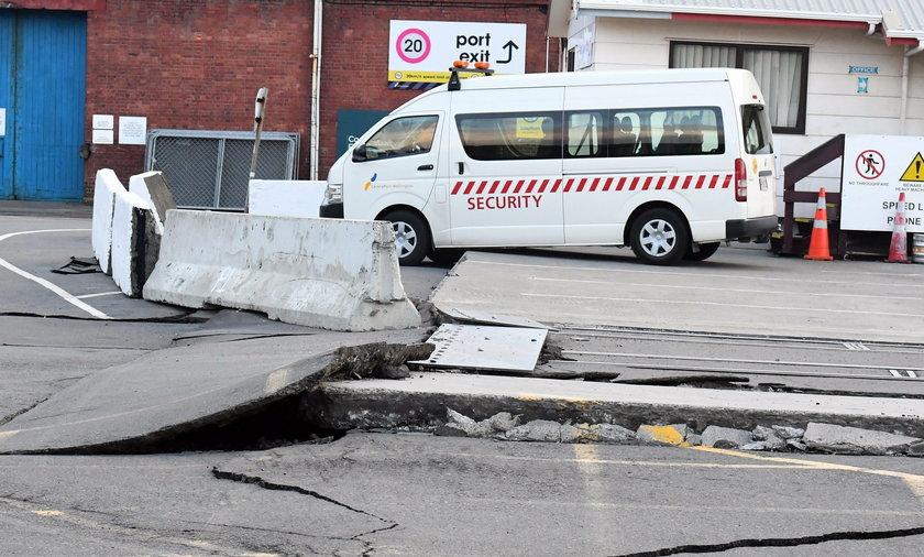 Co najmniej 20 osób zginęło w wyniku trzęsienia ziemi o magnitudzie 6,4 st., które w środę 5.00 czasu lokalnego dotknęło indonezyjską prowincję Aceh