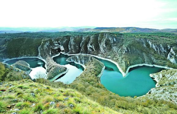 Prelepo veštačko jezero jedan je od bisera Srbije