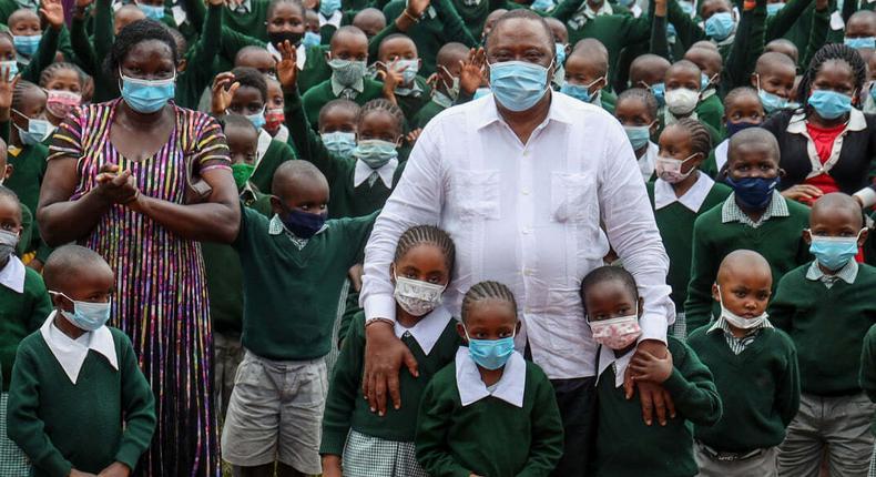 President Uhuru Kenyatta with students from Westlands Primary School