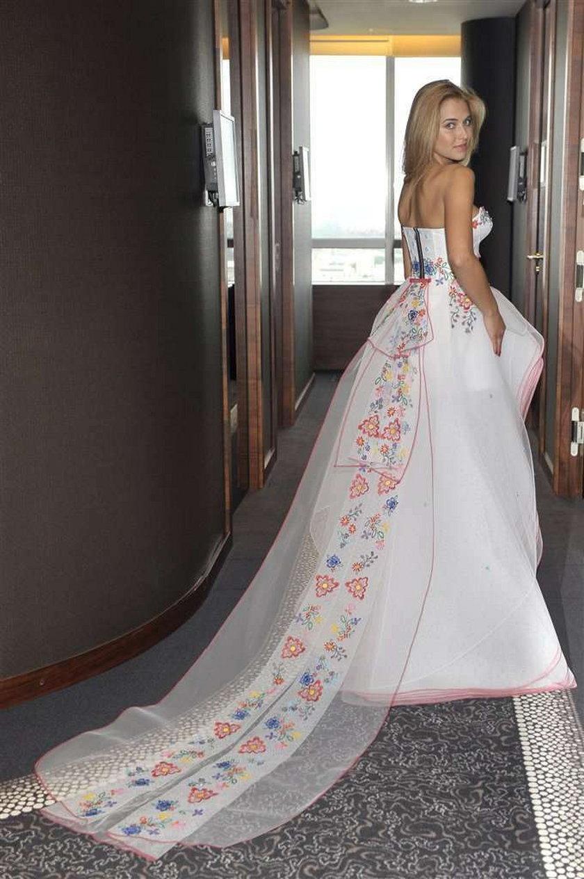 Seksowna sukienka finałowa dla Miss Polonia