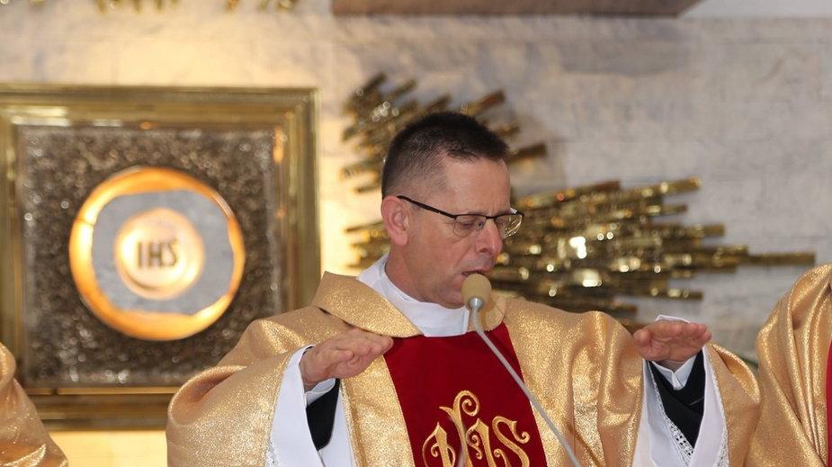 ks. Antoni Piś zmarł z powodu COVID-19.