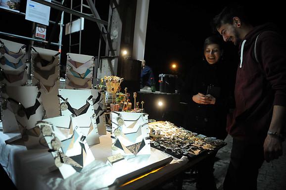 Bazarski deo nudi veliki izbor unikatnog nakita