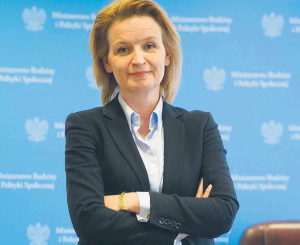 Barbara Socha, pełnomocnik rządu ds. polityki demograficznej oraz podsekretarz stanu w Ministerstwie Rodziny i Polityki Społecznej