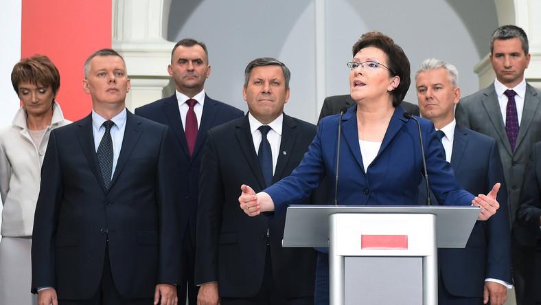 Prezydent Komorowski powołał rząd Kopacz. Porównał go do siatkarzy