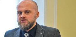 Ujawniamy oświadczenie wiceministra Łandy! Czemu je ukrył?