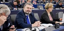 Europoseł Karol Karski zaoszczędził fortunę. Skąd ma tyle pieniędzy?