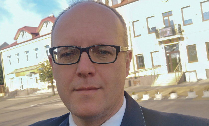 Burmistrz Szczuczyna postanowił przebadać mieszkańców na obecność przeciwciał COVID-19