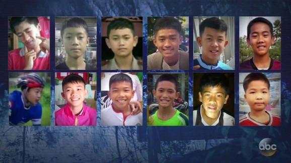 Spasioci su izvukli iz pećine svih 12 dečaka i njihovog trenera